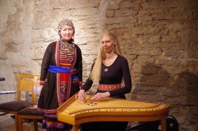 Kristi-Muhling-ja-Anna-Mishina-400x265_Sven-Erik_Soosaar