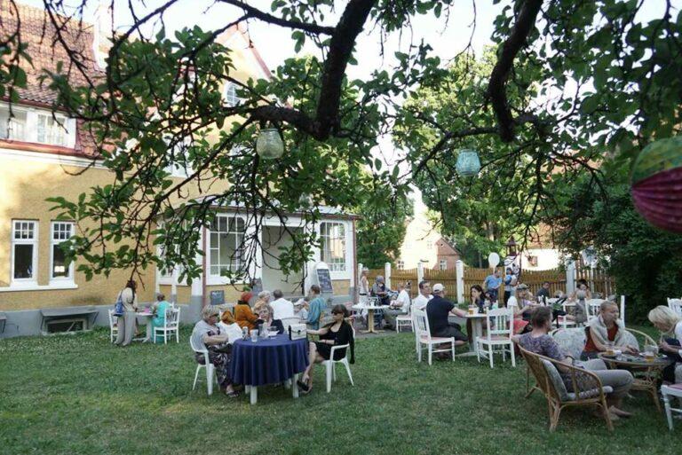 cafe-amalia-soome-ugri-aiakontsert