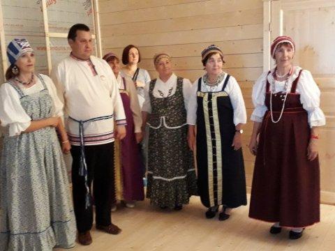 ansambl-zorenka-gosti-prazdnika_0
