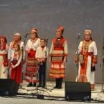 Hõimupäevade tervitus kohaliku Mordva kultuuriseltsi ansambli Vastamo liikmetelt.