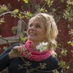 """Armastatud Soome luuletaja esitleb hiiu keeles ilmunud valikkogu """"Ole ise"""""""