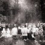 Hõimurahva hiiepalvuse ajatu foto võitis Hiite kuvavõistluse peaauhinna