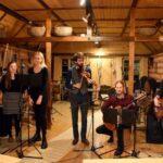 Fenno-Ugria Noorte ansambel avaldas vadjakeelse laulu video