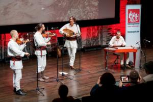 Ansambel PásztorHóra esines Tartus Hõimupäevad 2020 peakontserdil. Foto: Arp Karm /ERM